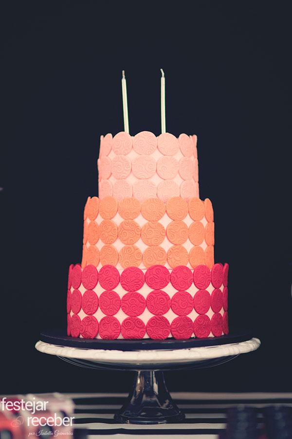 bolo-pasta-americana-com-palheta-de-blushs-festa-tema-sephora