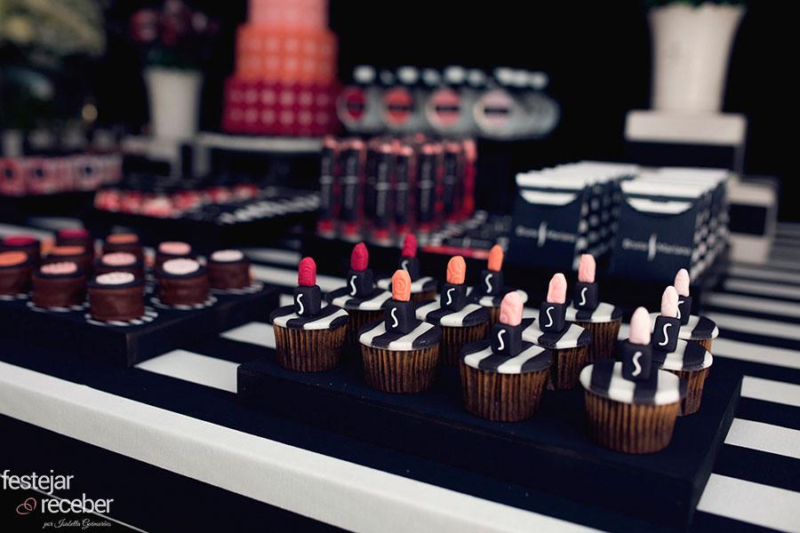 cupcakes-decorados-com-batom-sephora