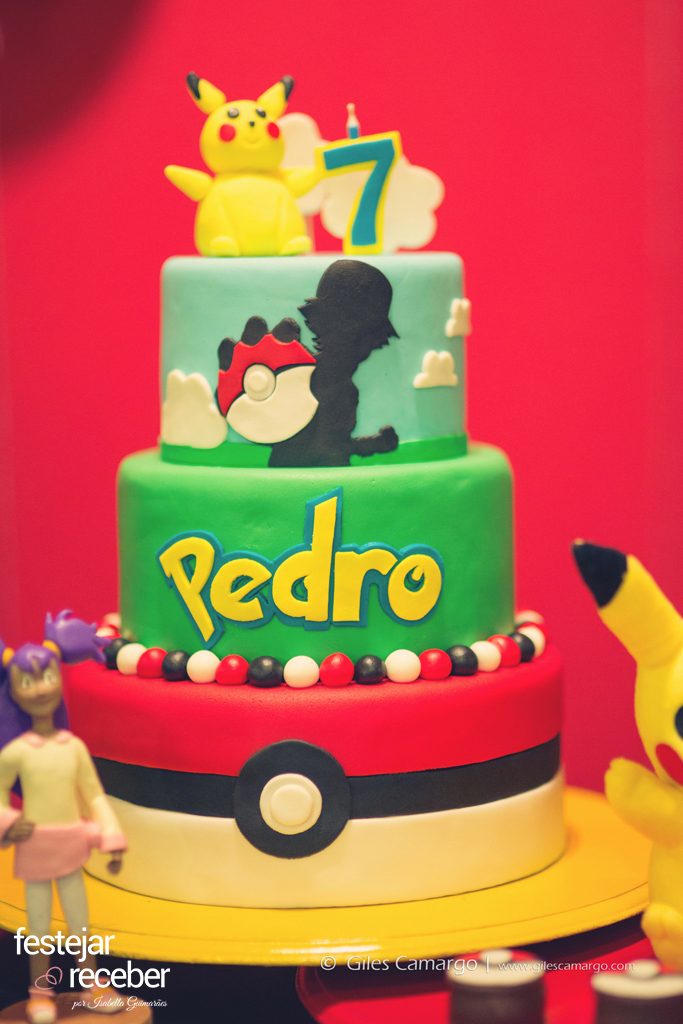 bolo-decorado-pasta-americana-tema-pokemon