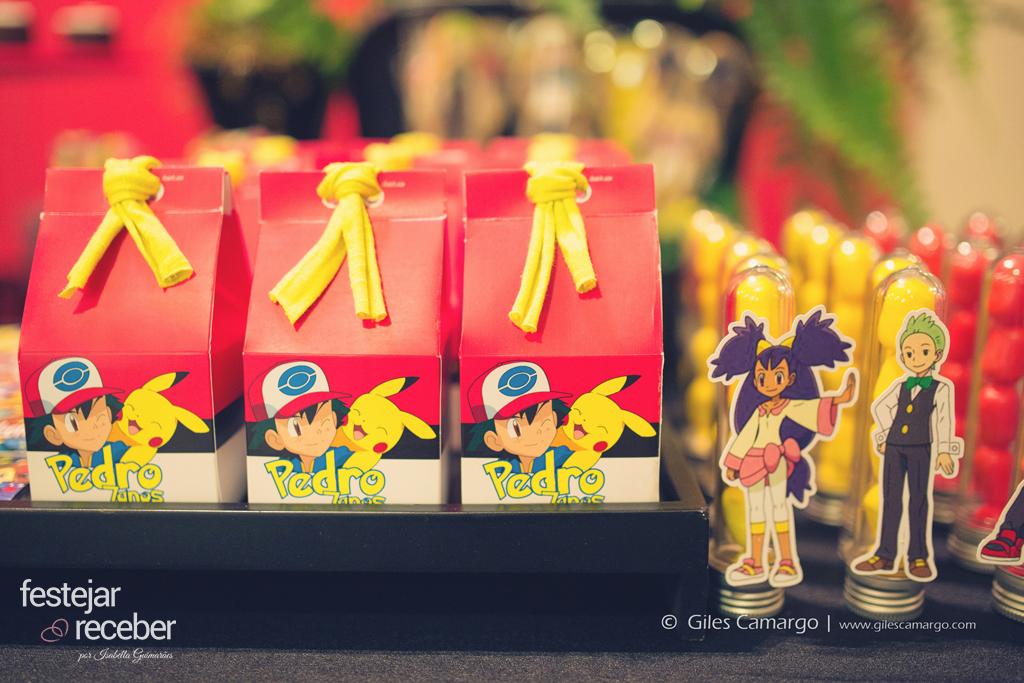 caixa-milk-e-tubete-personalizado-tema-pokemon