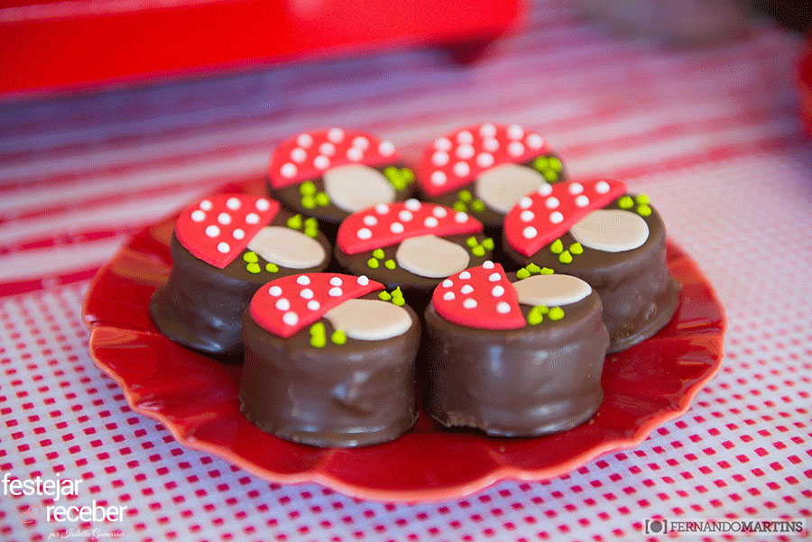 doces-decorados-festa-infantil-chapeuzinho-vermelho