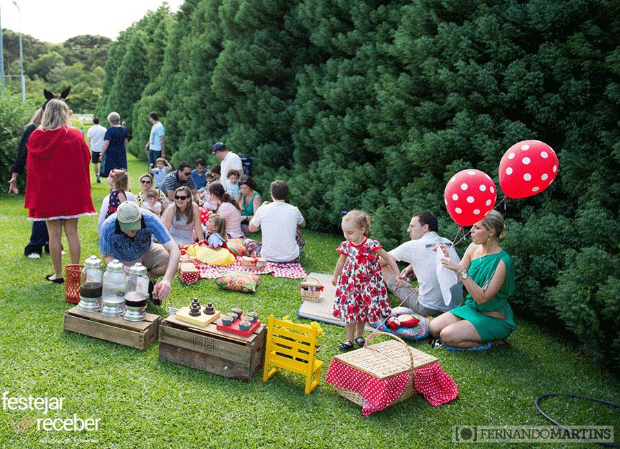 festa-infantil-pic-nic-ao-ar-livre-chapeuzinho-vermelho