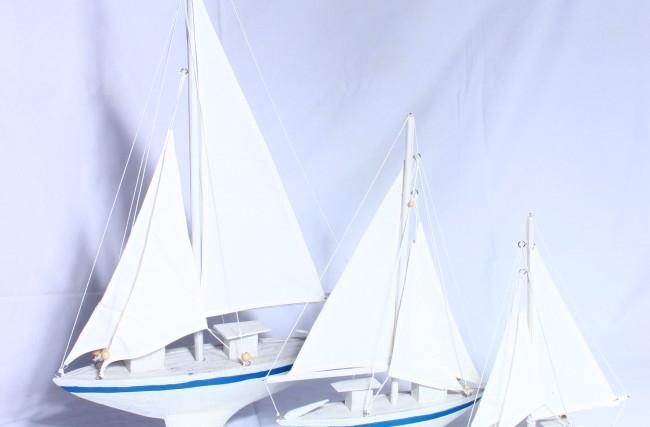Trio barcos Azul e Branco