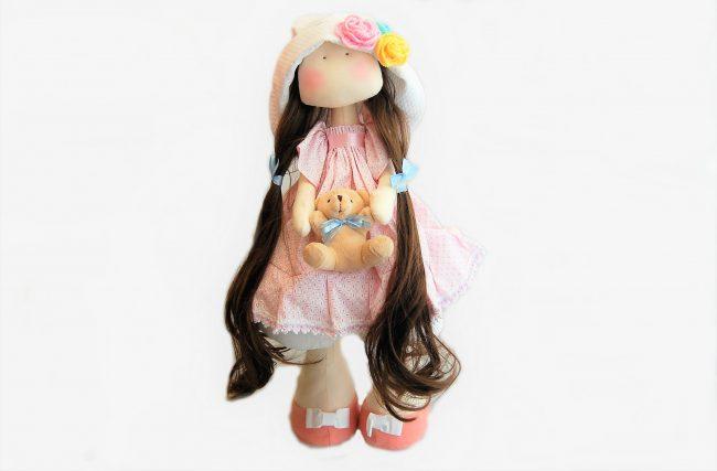 Boneca Ana Roberta