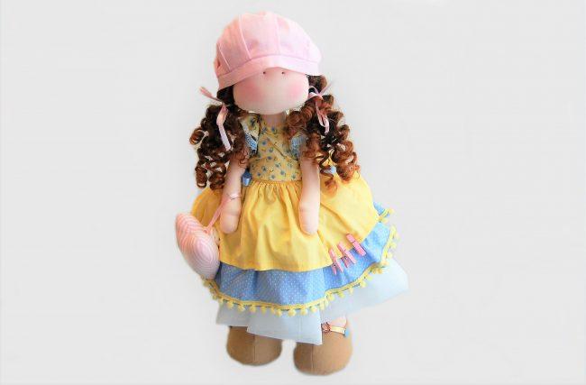 Boneca Ana Amelia